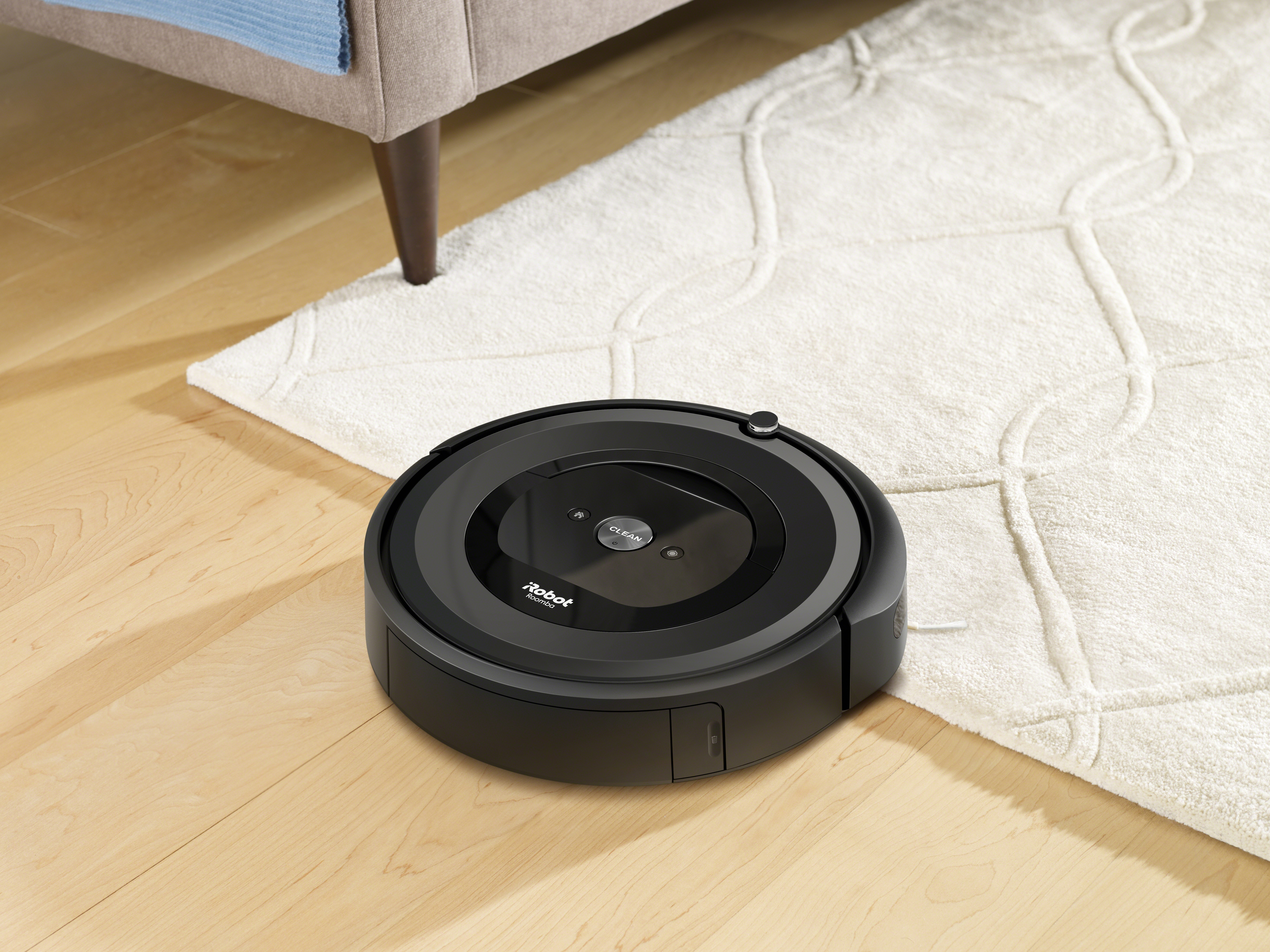 Gadget Review: Roomba Robot Vacuum